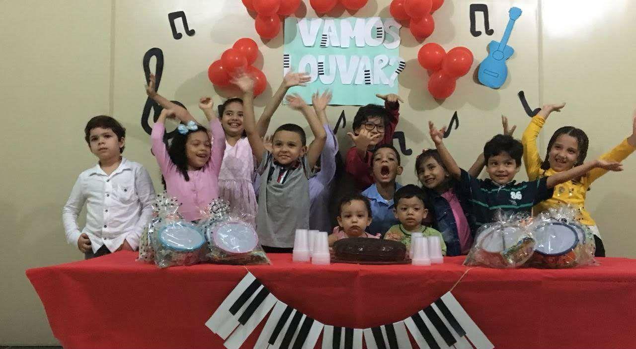 Crianças da MCE Belém mostram o que aprenderam sobre louvor