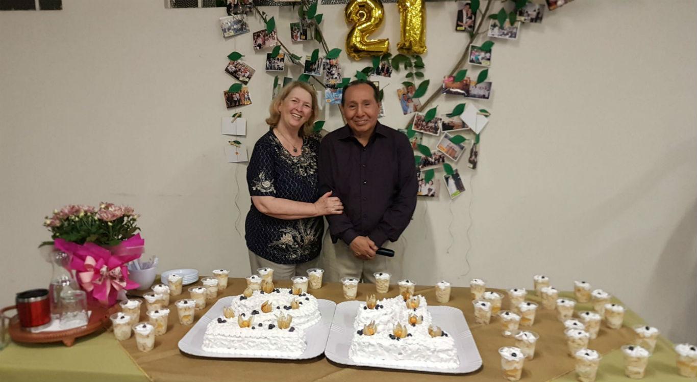 MCE Curitiba celebra 21 anos | Missão Cristã Elim