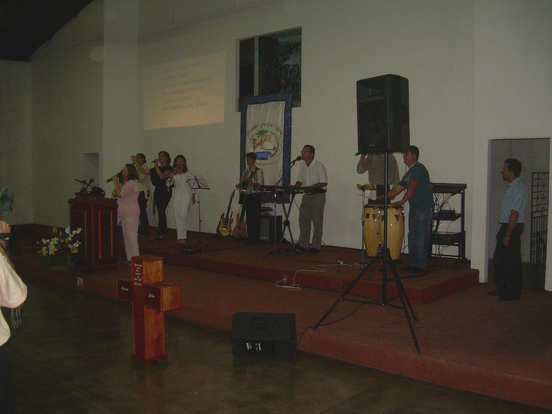 O Senhor providencia um vasto templo no Bairro Monte das Oliveiras, que vem no tempo certo para a necessidade de seu povo. Em 2008, Manaus realiza os primeiros cultos no novo templo