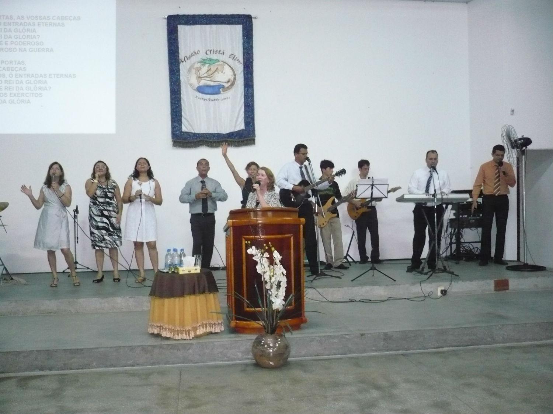 Culto de despedida dos pastores Martin e Nilah Blas, que seguem à Maringá, no Paraná, para cuidar das demais obras que se expandem pelo Brasil