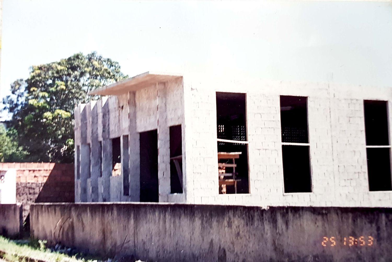 Terreno no bairro de Adrianópolis, onde o seu povo pode se empenhar e trabalhar para construir a sede da igreja em Manaus.