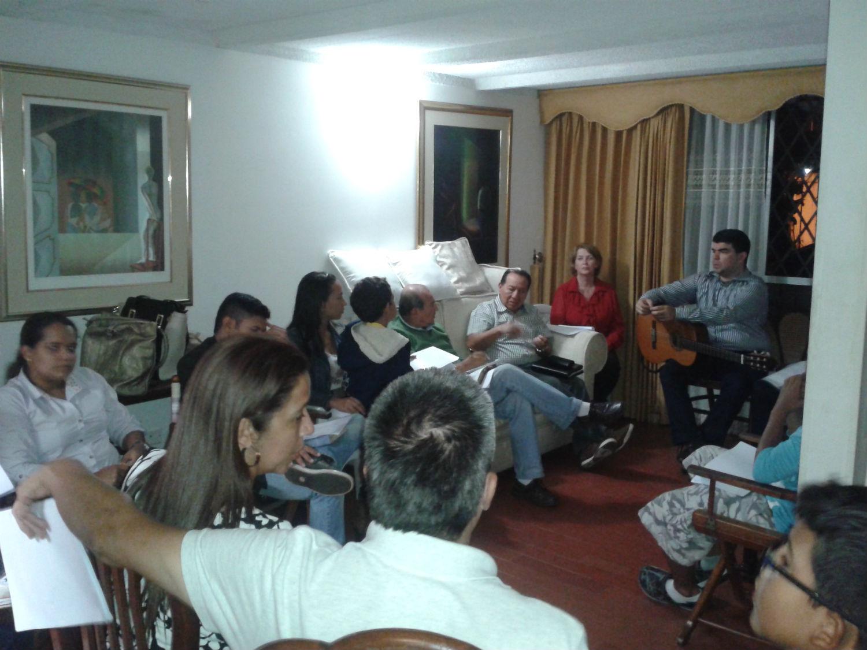 Abril de 2014 - 1ª viagem a Cali - Pastores Martin e Nilah Blas (MCE Nacional) e pastores Valério e Taíssa Palheta (MCE Brasília)